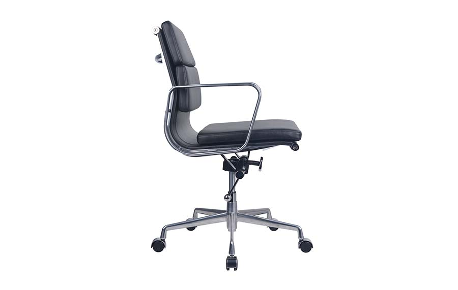 PU900 Board Room Chair